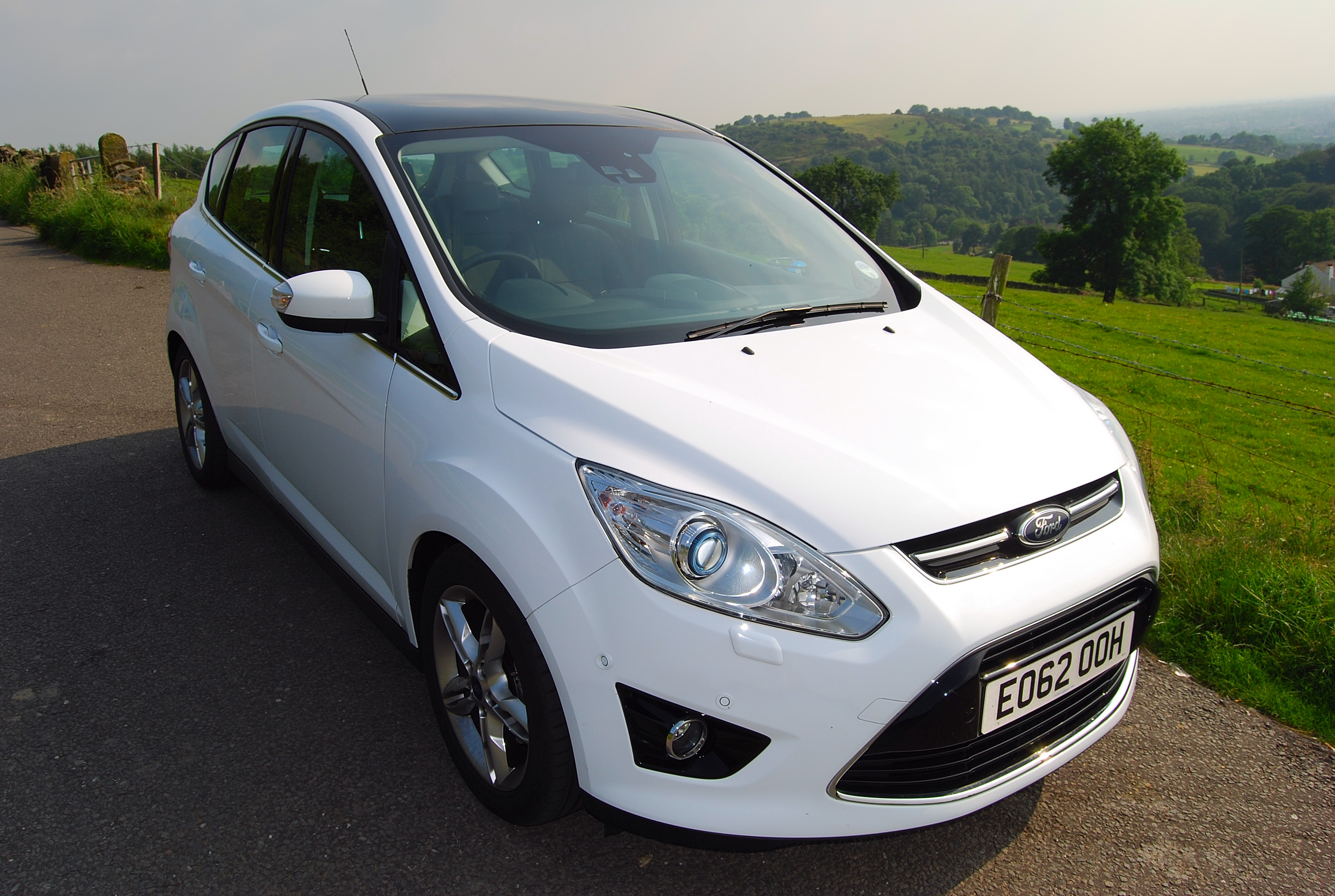 ford c max ecoboost review driving torque. Black Bedroom Furniture Sets. Home Design Ideas