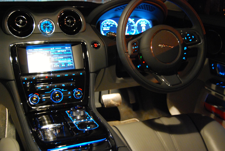 Jaguar XJ L Portfolio ...