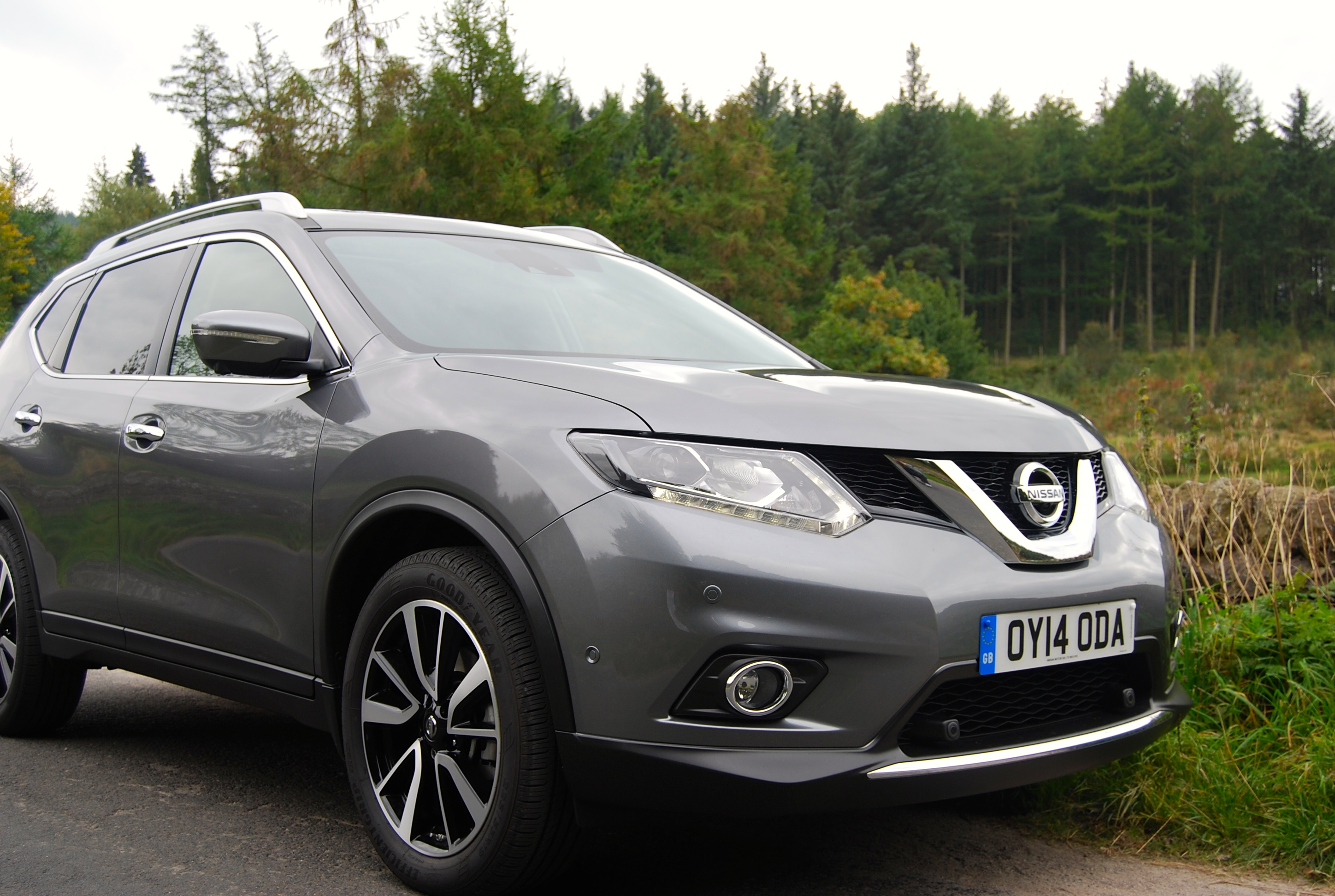 nissan x trail xtronic 2wd review driving torque. Black Bedroom Furniture Sets. Home Design Ideas