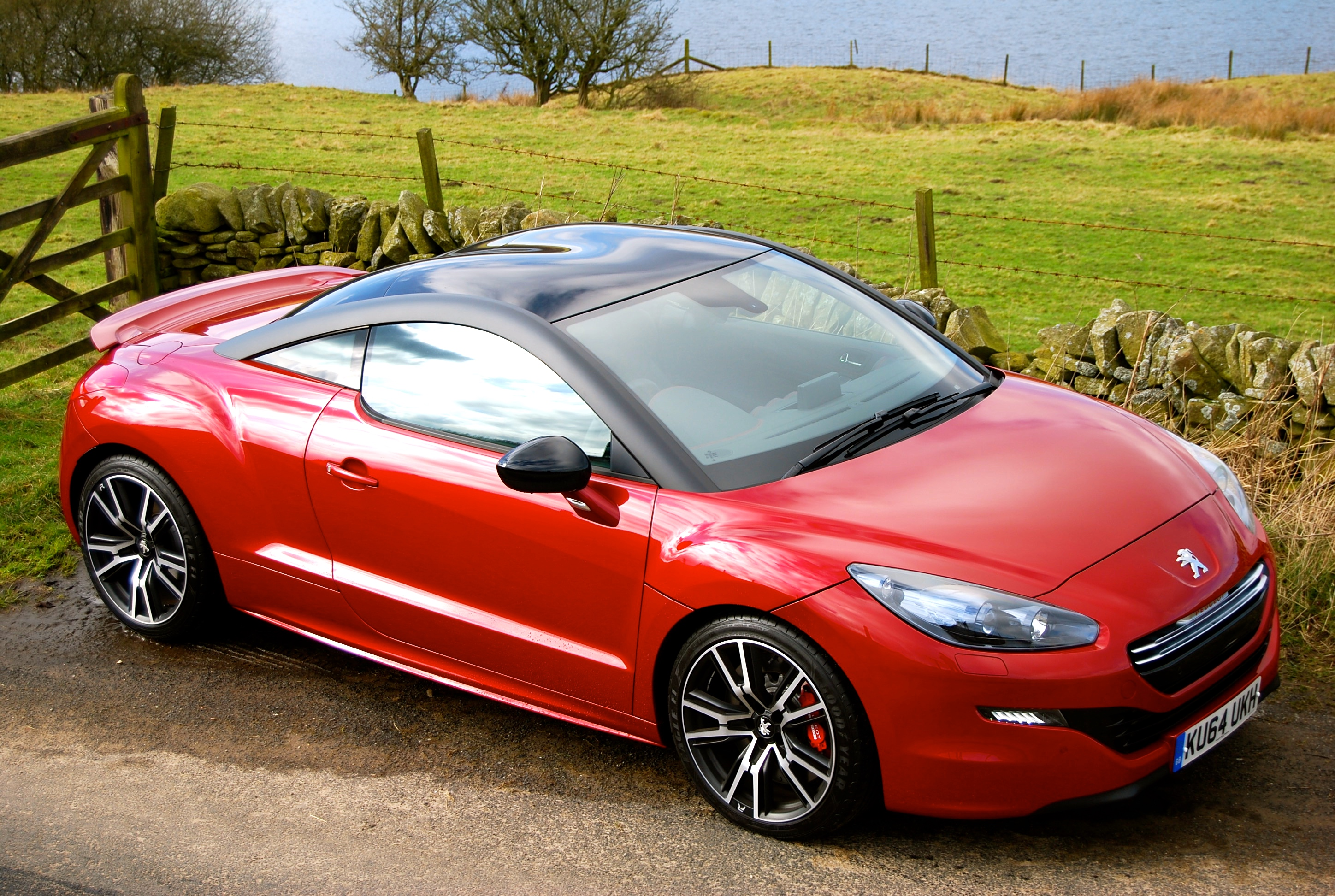 peugeot rcz r review driving torque. Black Bedroom Furniture Sets. Home Design Ideas