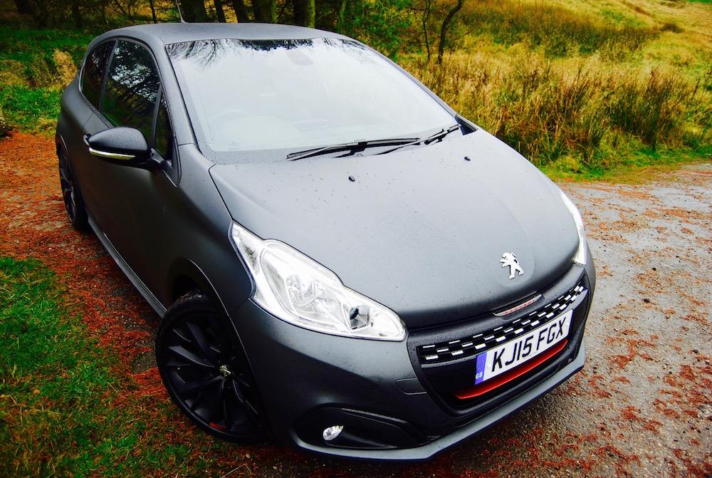 208 gtipeugeot sport review - driving torque
