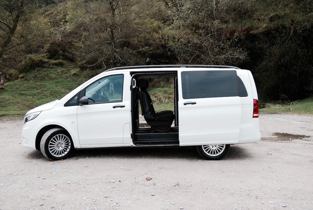 Mercedes benz vito tourer rear doors white for Mercedes benz vito tourer