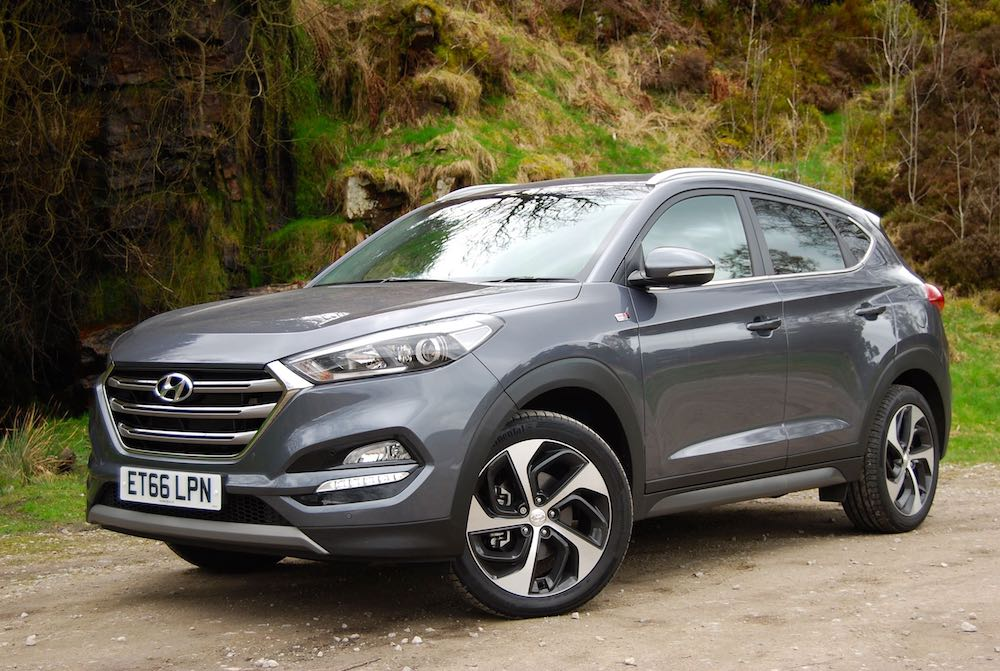 hyundai tucson crdi sport edition review driving torque. Black Bedroom Furniture Sets. Home Design Ideas